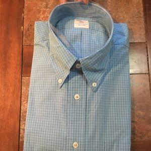 Men's sport shirt